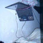 Móc treo Laptop