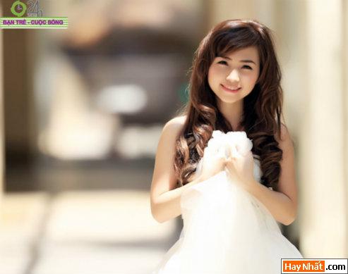 Hot girl Na Na kiêu sa trong bộ váy cưới