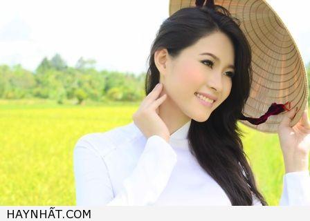 hoa-hau-viet-nam-dang-thu-thao (1)