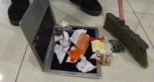 Nhà không có tiền mua cái đồ hốt rác