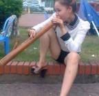 Em xinh em hút thuốc lào cũng xinh